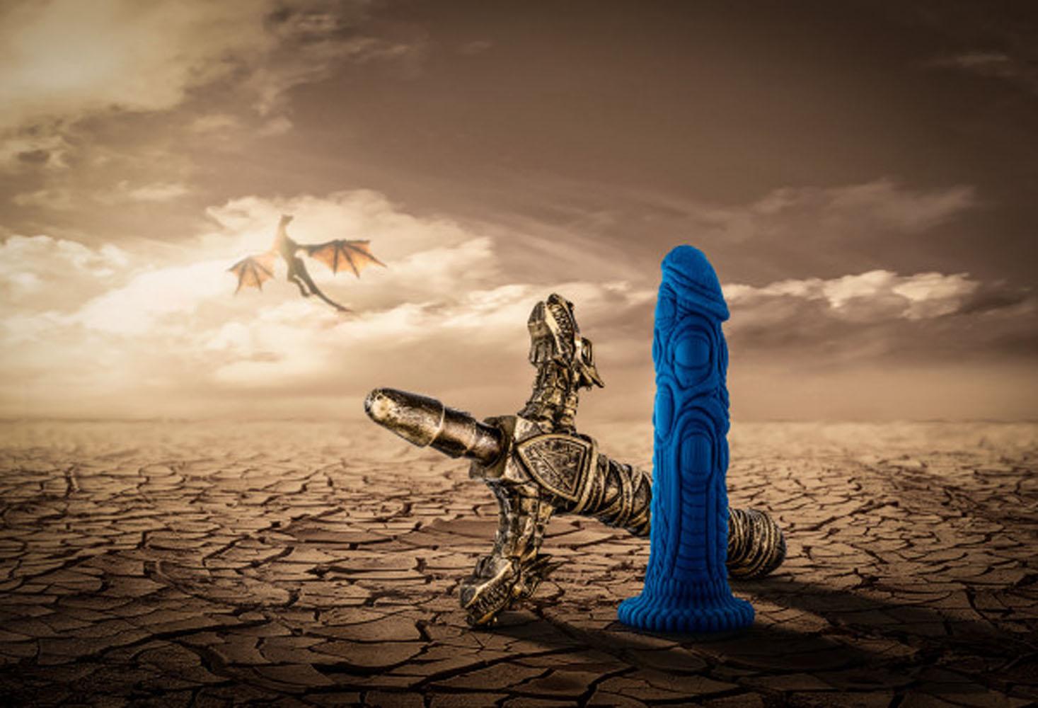 The Realm - Draken - Lock on Dildo - Blue